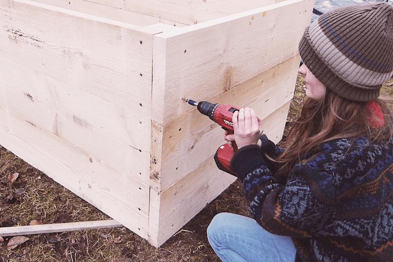 Hochbeet aus Holz selber bauen