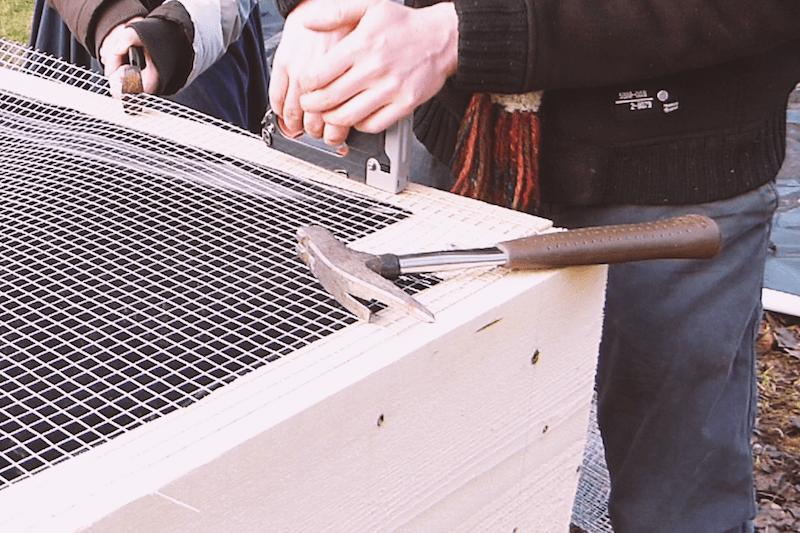 Hochbeet bauen Gitter Wühlmäuse