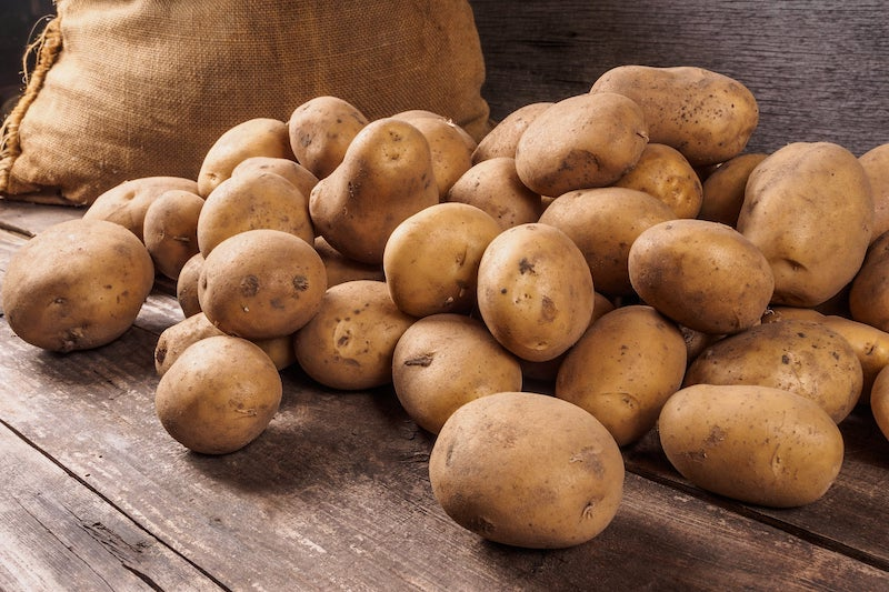 Kartoffeln aus eigener Ernte im Lager.